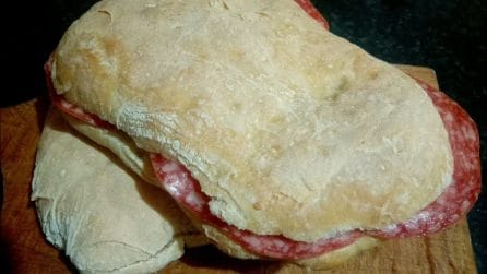 Ciabatte fatte in casa: la ricetta semplice per averle fragranti e gustose