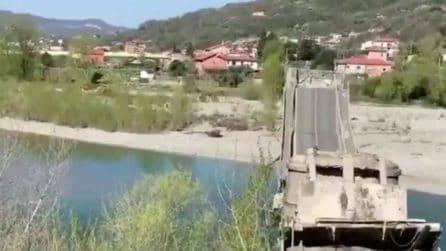Crolla un ponte in Toscana: le immagini mostrano le macerie