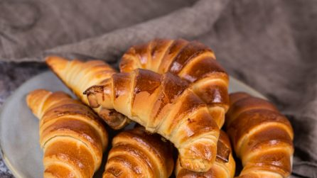 How to make delicious and fragrant croissants at home!