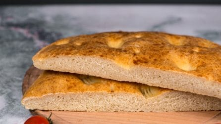 Easy giant focaccia bread: an easy recipe to try!