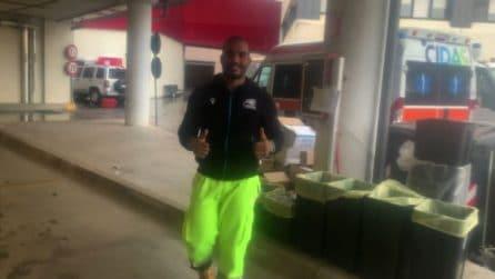 Coronavirus, il rugbista Maxime Mbandà volontario sulle ambulanze
