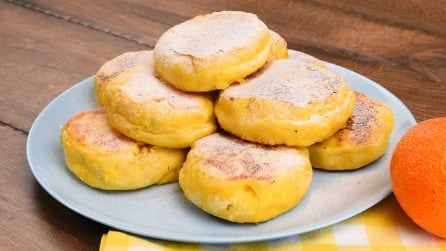 Tangerine bread buns: how to make them fluffy and delicious!