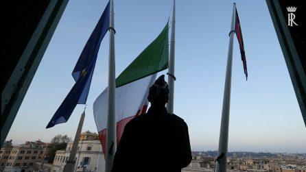 Quirinale, bandiere a mezz'asta in segno di lutto