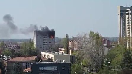 Incendio a Castel Maggiore, paura in provincia di Bologna