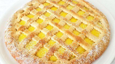 Crostata senza stampo con crema: la ricetta del dessert fragrante e gustoso