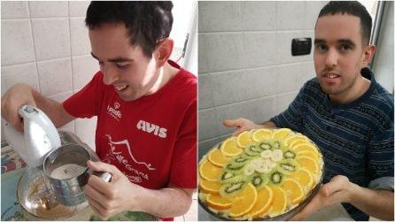 Lorenzo, il ragazzo autistico che sfida la quarantena col sorriso grazie all'amore per la cucina