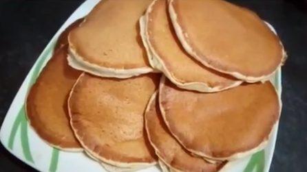 Pancakes alla banana: la ricetta per uno spuntino pieno di gusto