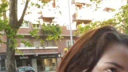 """Francesca Manzini e la spremuta d'arancia in faccia: """"Volevi l'asporto?"""""""