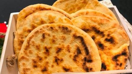 Pane arabo fatto in casa: semplice, gustoso e cotto in padella