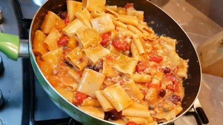 Paccheri pomodorini e baccalà: la ricetta del primo piatto da leccarsi i baffi