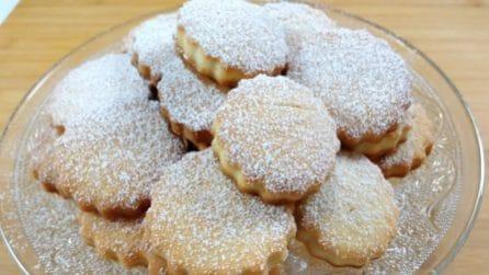 Biscotti alla vaniglia senza uova: la ricetta per averli fragranti e gustosi