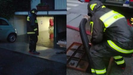 Milano, esondazione Seveso, case allagate: l'intervento dei vigili del fuoco