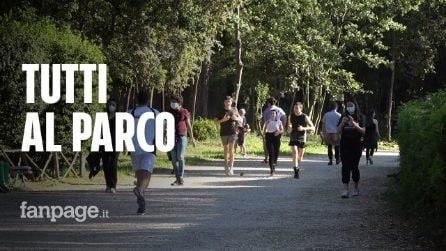 Roma, parchi e ville comunali presi d'assalto: tante famiglie ma anche gruppi di amici