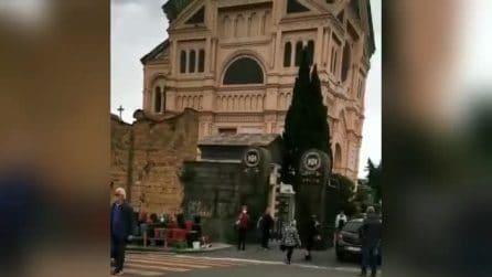 Festa della Mamma a Napoli, controlli anti-assembramenti ai cimiteri e sul Lungomare
