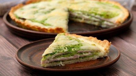 Torta salata alla verza: colorata, filante e gustosa!