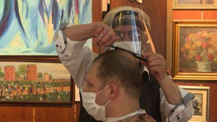 Fase 2 in Turchia, a Istanbul in fila da parrucchieri e barbieri