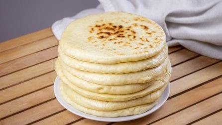 Pane turco in padella: soffice e delizioso, da farcire come preferite!