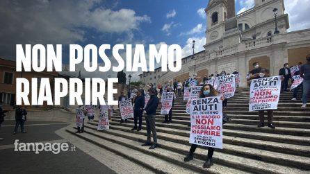 """Coronavirus, la protesta dei commercianti di Roma: """"Senza aiuti non riapriamo"""""""