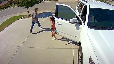 Ladro tenta il furto ma viene spaventato da una ragazzina di 10 anni che lo mette in fuga