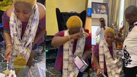 La donna scoppia in un pianto di gioia: la meravigliosa sorpresa del marito per lei