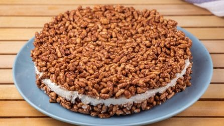 Chocolate puffed rice cheesecake: a no-bake dessert ready in 30 minutes!