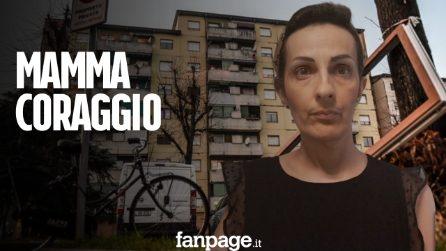 """Milano, mamma coraggio che vive in 56 mq con 4 figli, due disabili: """"Abbandonati dalle istituzioni"""""""