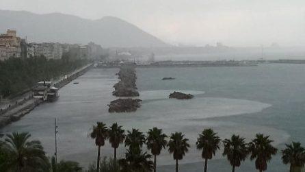 Chiazze marroni nel mare: l'effetto cristallino dopo il lockdown è già finito