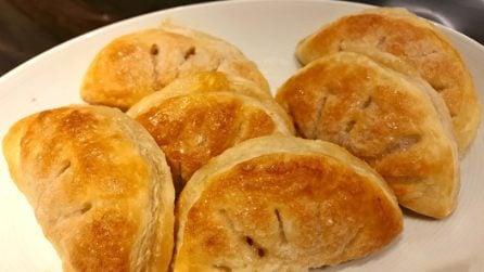 Sfogliatine di mele: il dessert goloso pronto in 20 minuti