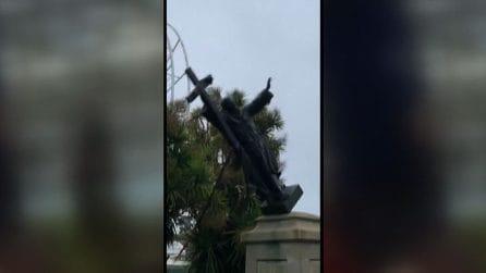 A San Francisco abbattuta la statua di Francis Scott Key