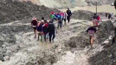 Myanmar, frana in una miniera di giada: oltre 100 morti