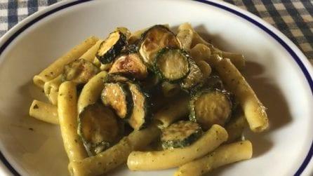 Pasta con crema di zucchine: la ricetta del primo piatto davvero saporito