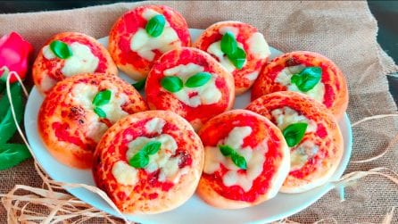 Pizzette da buffet: la ricetta per averle soffici e saporite