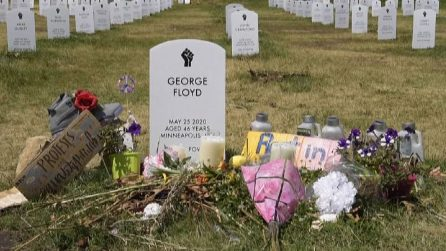 Floyd, il sito commemorativo un mese dopo la sua morte