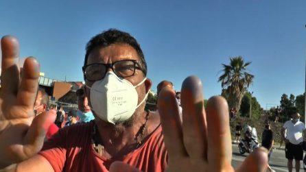 """A Mondragone la rabbia dei residenti contro lo """"straniero untore"""""""