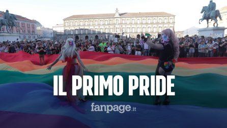A Napoli il primo Pride dopo il Coronavirus. In piazza tra mascherine e distanziamento sociale