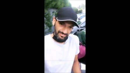Il furto subito da Pago, ladri rompono il vetro dell'auto e rubano il portafogli