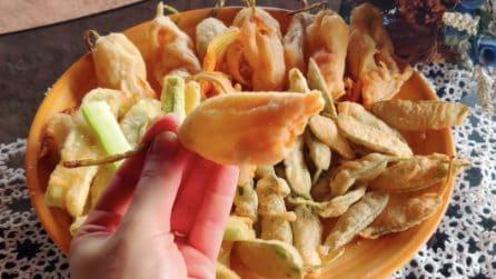 Fiori di zucca, salvia e zucchine fritte: la ricetta per la pastella perfetta
