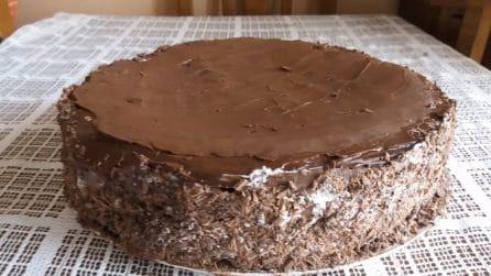 Torta cioccolato e panna: la ricetta del dessert soffice e goloso