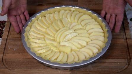 Crostata di mele: il dessert bello da vedere e delizioso
