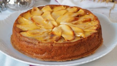 Torta cremosa di mele frullate: il dessert bellissimo e gustoso