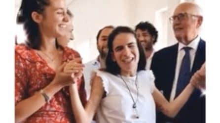 Napoli, Maria Chiara 26enne disabile e cieca si laurea con 110 e lode