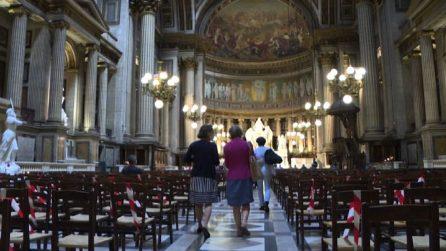 """""""Vogliamo essere preti"""": donne in protesta contro la Chiesa"""