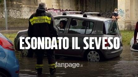 """Esonda il Seveso a Milano, strade allagate e automobilisti bloccati: """"L'acqua è entrata in macchina"""""""