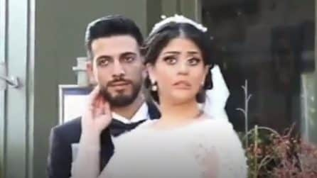 Beirut, gli sposi posano per le foto, poi l'esplosione: nei loro volti il terrore pochi secondi prima