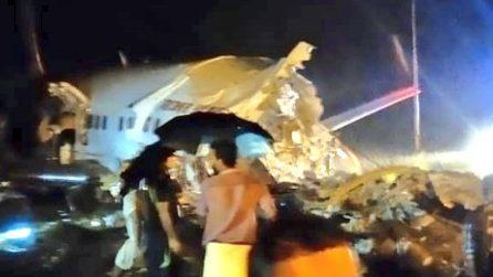 Incidente aereo in India: il velivolo con 191 persone a bordo si schianta vicino l'aeroporto