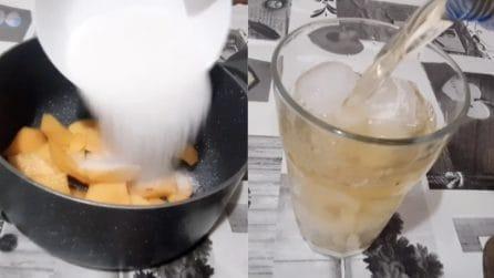 Tè freddo alla pesca: la ricetta semplice per farlo in casa