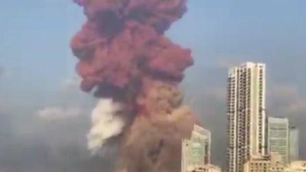Libano, spaventosa esplosione nel centro della capitale Beirut