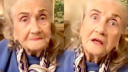 """I consigli senza peli sulla lingua della nonnina di 94 anni: """"Come donna ho sempre preteso rispetto"""""""