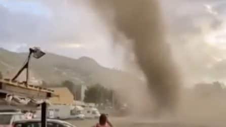 Non è un uragano, ma il vortice fa paura sulla spiaggia di Cefalù