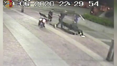 Avvicina due clochard e li sfigura con un coltello: folli aggressioni nel centro di Milano